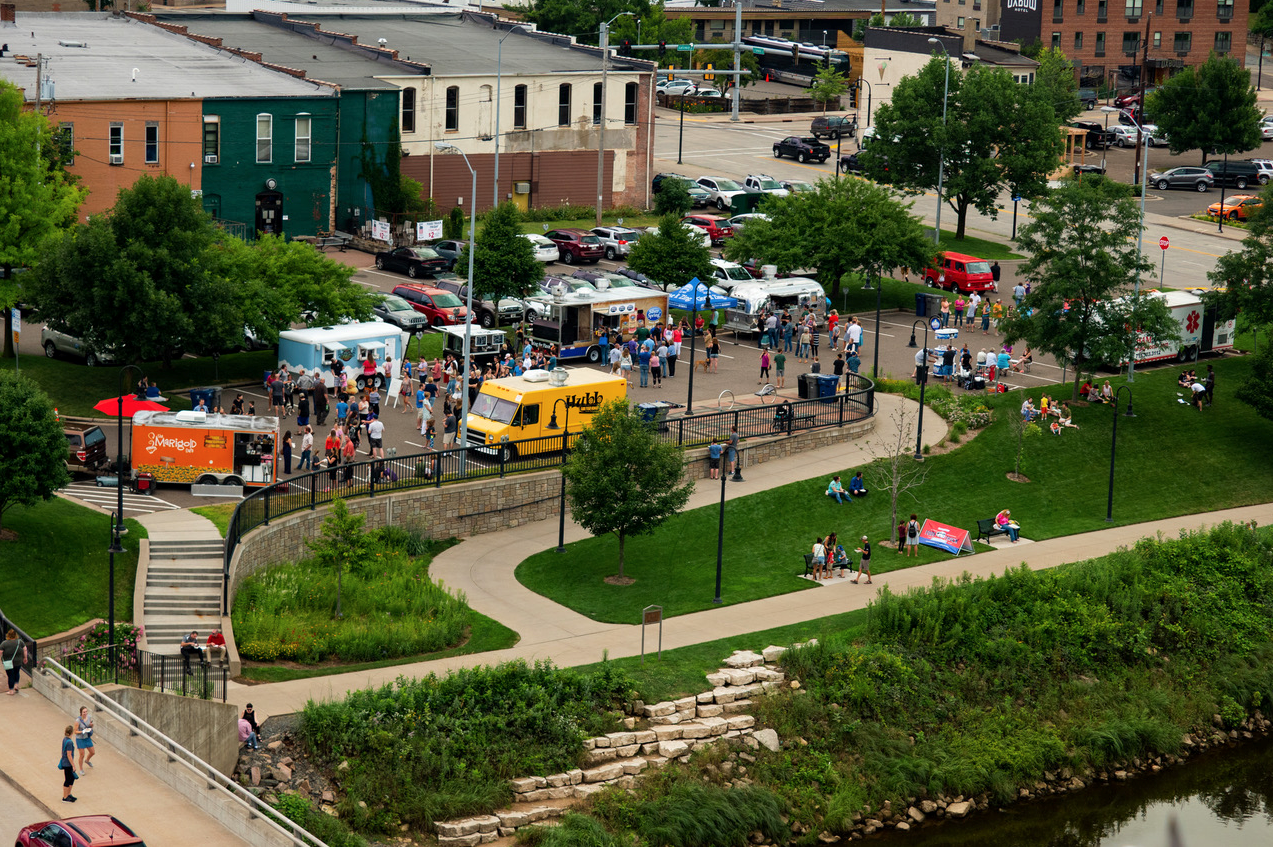 2018 Food Truck Friday Crowd